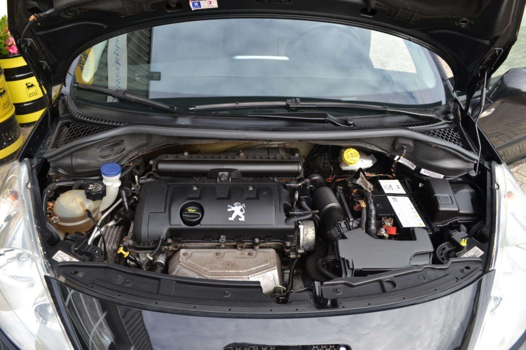 Peugeot-207-20